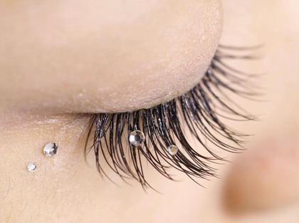 ◆まつ毛パーマ◆上のみ◆カール選べます◆花粉で目がかゆくなってしまう方や、エクステが苦手な方にオススメです☆◆まつ毛カール トリートメント付き※下まつ毛のパーマはございません