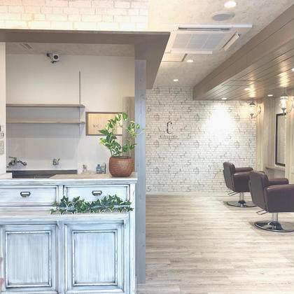 美容室併設の完全個室アイラッシュサロンとなります。 美容室と同じ入り口になりますので、お気軽にお越しくださいませ☆ 完全個室‼︎Charme(シャルム)所属・【Charme 】シャルム緑区黒沢台のフォト