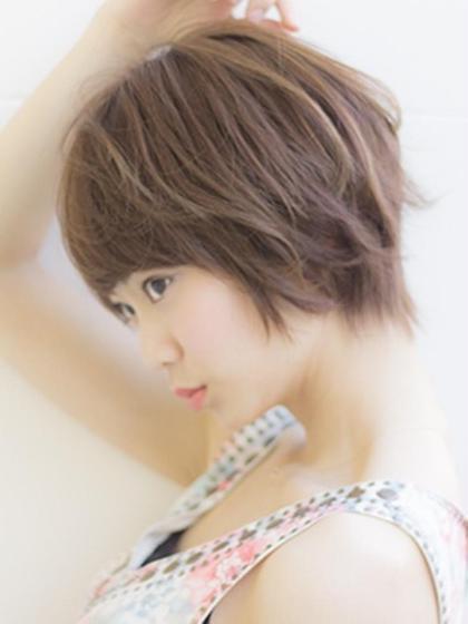 ふんわり毛先が動くランダムパーマが抜群に可愛い‼︎ Tokyo hair salon  Dio所属・加藤瑛のスタイル