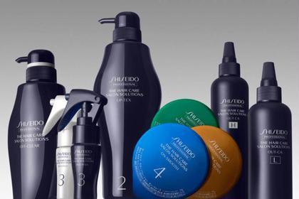 その他 カラー ロング  【業界最高峰お土産付きトリートメント】 SHISEIDOサロンソリューションという、トップサロン登録がないと扱えない、特別な5stepトリートメントです。30分かけてじっくり丁寧に行い、何十通りもある組合せの中から、髪質に1番適した薬剤を選びます。ただ栄養を入れるだけの一般的な物ではなく、先ず髪のデトックスをし、素髪に戻した状態から栄養を入れるので、奥の奥まで栄養が行き届き、持続します。 (お土産のホームケアトリートメント付き)