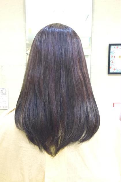 イルミナカラー最新色✨トワイライト✨ ブリーチでハイライトが入っていても綺麗な発色です❤️ prize 池袋店所属・柴田愛美のスタイル