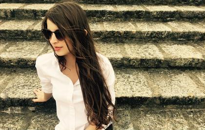 外国人ヘアーで女子力上げていきましょう ロングに大切なのはサラサラな艶ある髪の毛!! 絶対に街で振り返られるヘアーにしましょう POSH原宿所属・田澤里帆のスタイル