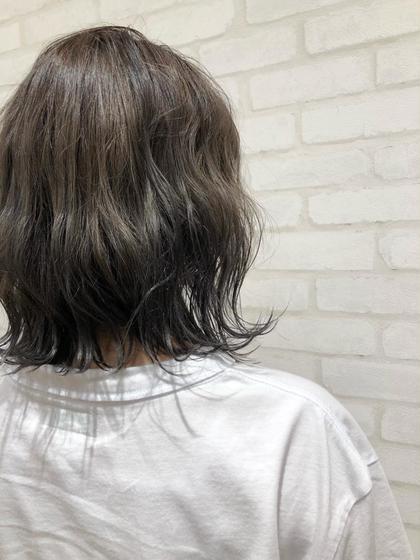 HAIR&MAKEEARTH宮崎昭栄店所属・岩切彩のスタイル