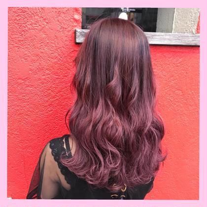 ❤️ピンクカラー❤️【SHIN】のセミロングのヘアスタイル
