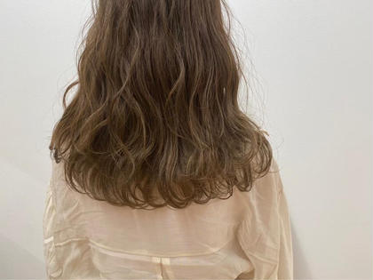 【女性限定学割U24】 似合わせカット+イルミナカラー