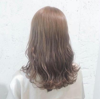 🌿平日19時~🌿 【根元カラーモデル】リタッチ、白髪が気になる方にオススメ‼️