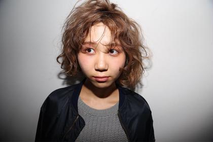 外個人風カラー ミディアム ボブ 撮影モデル Hair Atelier Nico所属・佐々木由香のスタイル