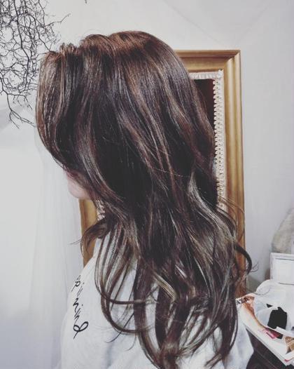 全体的にハイライトをオン。ブルージュカラーに❥ hair KILIG所属・hairKILIGのスタイル