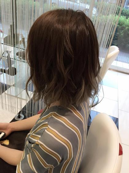 アッシュ系グラデーション★ 奥山義進のショートのヘアスタイル
