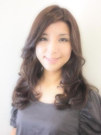 マーメイドアッシュのカラーになります。 松本平太郎美容室所属・宮永幸晴のスタイル