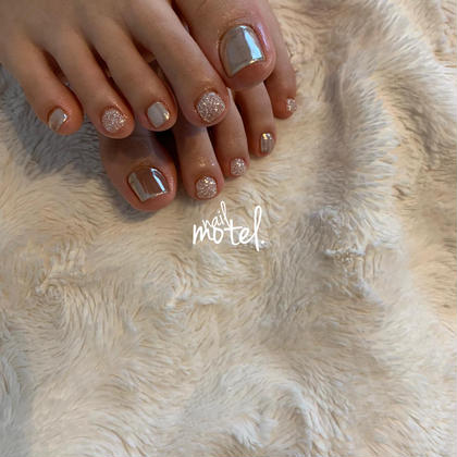 Foot one color course.