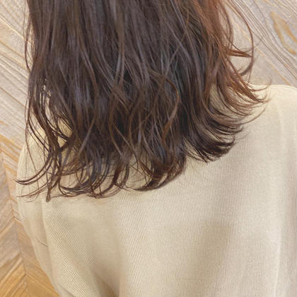 Lolonois【ロロネー】所属の高本紗耶加のヘアカタログ