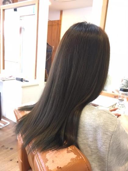 THROWのモノトーンアッシュ  HairDiA所属・西島豪のスタイル