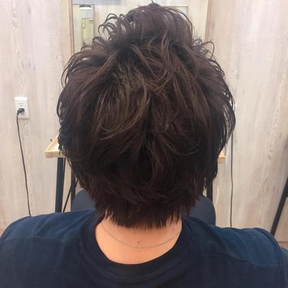 パーマ ミディアム メンズ メンズパーマ トップにボリュームを持たせていつものヘアスタイルも柔らかい印象になります♪