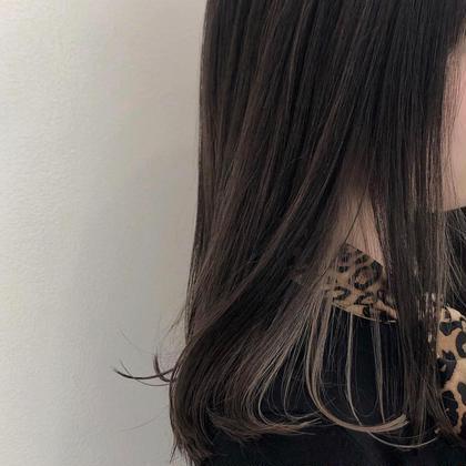 顔周りに明るさの出る イヤリングカラー shes所属・SARA。のスタイル