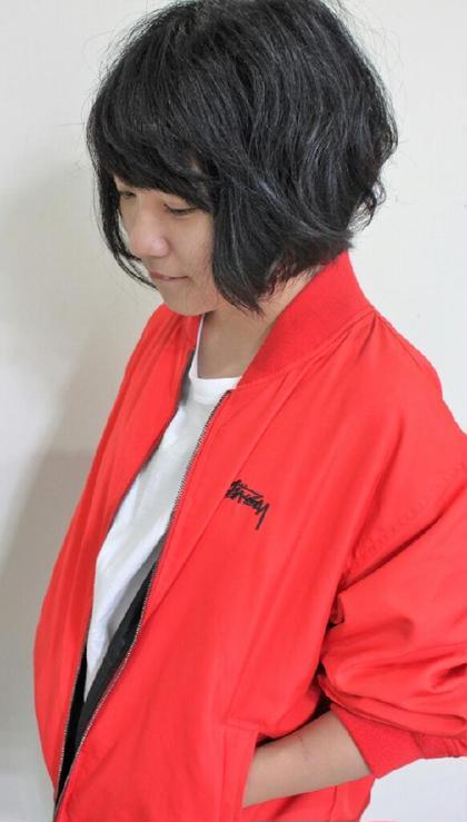 トップにレイヤーをいれて遊び心のあるショートボブ☆ 美容室sabrina所属・佐藤康太のスタイル