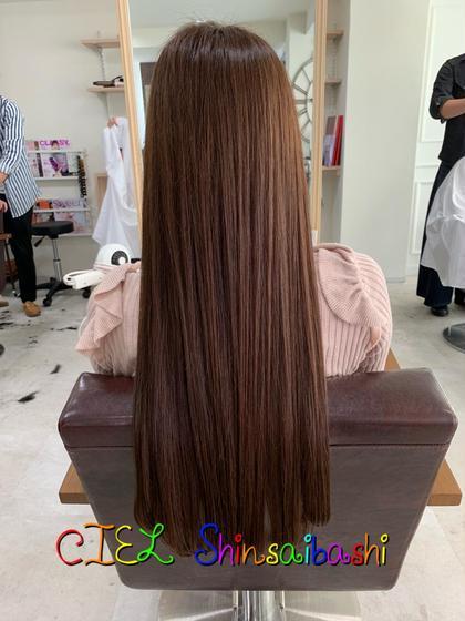 Stylist友久裕佳子のロングのヘアスタイル
