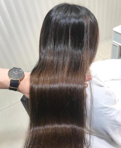 🙂ナチュラルで綺麗な髪へ🙂 縮毛矯正+ブロー
