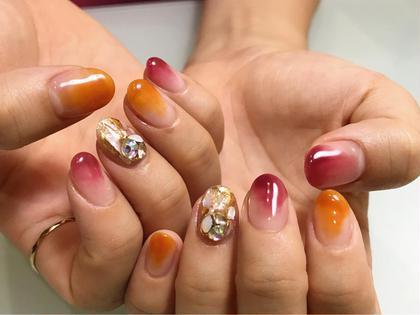 秋カラーの塗りかけにbijou Art♩ vカット+500円 nail salonnecori.所属・NecozawaMayuのフォト