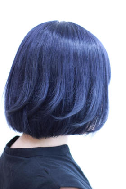 ブリーチをしてから、深めなブルーで光が当たると透明感のあるブルーです☆ BELLE GROW DOLLS所属・井上勝悟のスタイル