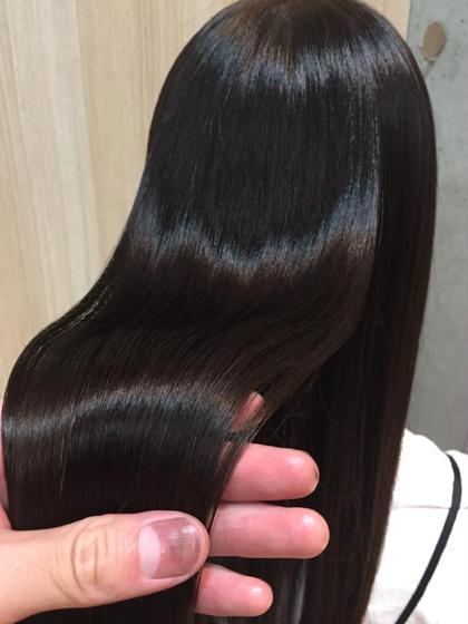 髪質が改善できます。こんなトリートメント今までになかった。どんな髪質の方でも必ず感動されます。お値段が高いですがお値段以上の価値があります。 U-REALMginza所属・納谷仰のスタイル