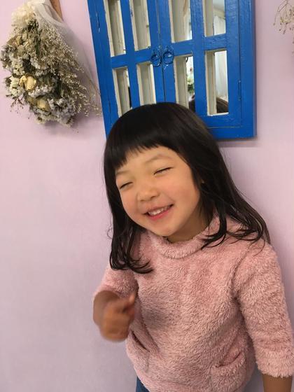 キッズ ローレイヤー➕短めバング 阿出川雅也のキッズヘアスタイル・髪型