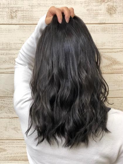 赤みを抑えてスモーキーアッシュに♩ HairSalonANELA所属・Hair SalonANELA【新宿】のスタイル