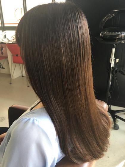 1年ぶりの縮毛矯正 手触りも柔らかくクセもしっかり伸びました(`•ω•´) 梅雨は余裕で乗り越えられます! hair design  BEER所属・ヒラマツカレンのスタイル