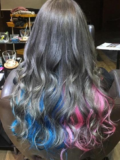 ダークグレー、インナーカラーに青とピンクを☆ SWANsapporo所属・種物谷聡史のスタイル