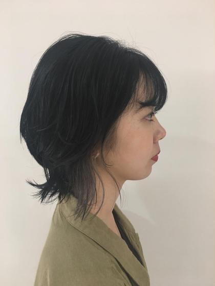 マッシュウルフカット         ➕ インナーカラー 透明感グレー❤︎ SALONDEJOE所属・上岡茉央のスタイル