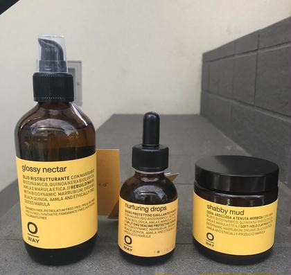 その他 Oway   ついにmagicoにも入荷致しました! 100%天然植物成分にこだわり、 原料となる植物から 育てていて 合成成分を含まないスタイリング剤です 〰︎