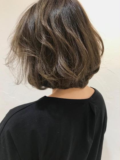 🌈❤️💜カット➕明るい白髪染め➕ハイライト➕イルミナカラー➕髪質改善トリートメント❤️💜🌈