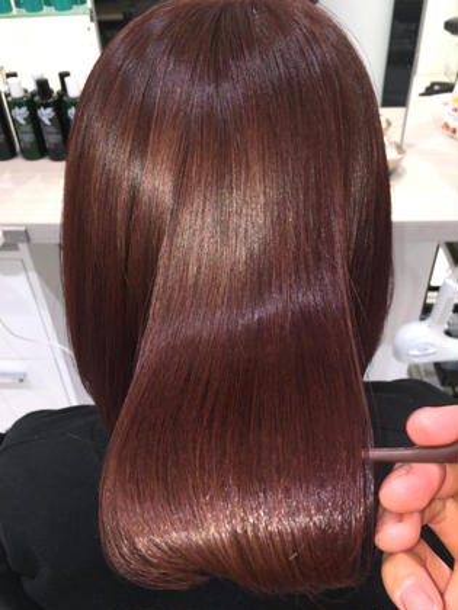 🍀圧倒的なツヤ髪に✂️似合わせカット➕縮毛矯正➕ケアトリートメント❣️