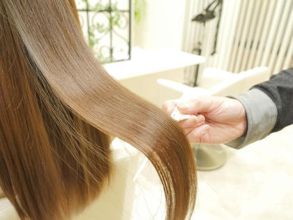 【ケアLv 90】枝毛切れ毛94%削減‼️カラーダメージを極限まで抑えた、スペシャルトリートメント+カラー+カット😆