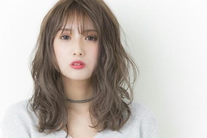 セピアグレージュ×ゆるふわフェミニン 伊藤里子のヘアカラーカタログ