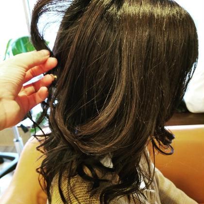 ⛵イルミナやWカラーで退色した髪に✨大好評!!アディクシーカラーでグレー系カラーと艶を取り戻します✨