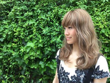 ブリーチでハイライトを入れた透明感のあるハイトーンカラーです!!▷▶︎▷デザインカラー¥5500(ブリーチでのハイライトの場合枚数によって+料金をいただきます!) HAIR&MAKE POSH 新宿店所属・浦井奈津美のスタイル