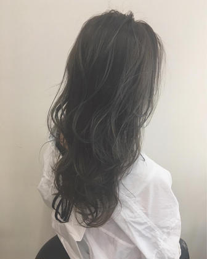 王道グレージュ☆ ハイライト FLEARgenerous所属・柳本麻守のスタイル