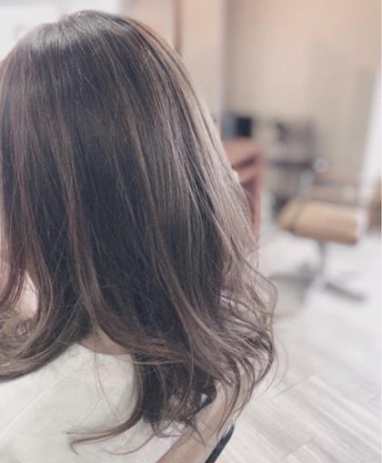 グレージュ+ハイライト✨ arika所属・海戸康裕のスタイル