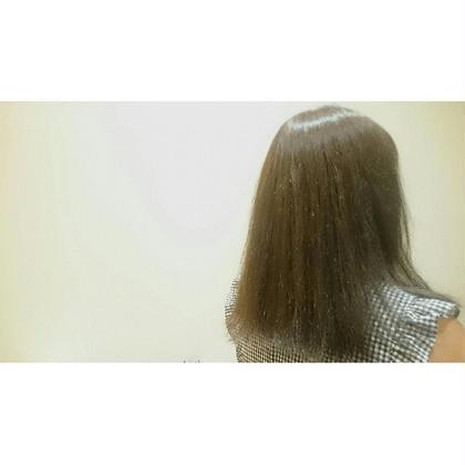 シルバーアッシュです。 NAP hair所属・佐藤杏丸のスタイル