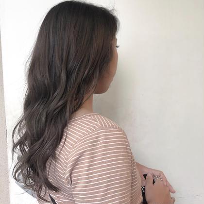 ハイライト2回入れてます!! ビーチ系ハイライト人気です🌞🌴🏄 hair-brace所属・stylistHIIRAGIのスタイル
