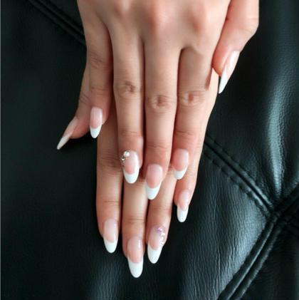 爪のラインを変えたバーチャルフレンチ☆ ベットが長いキレイな爪に見せられます(゚ω゚) キャンティ所属・早川輝のフォト