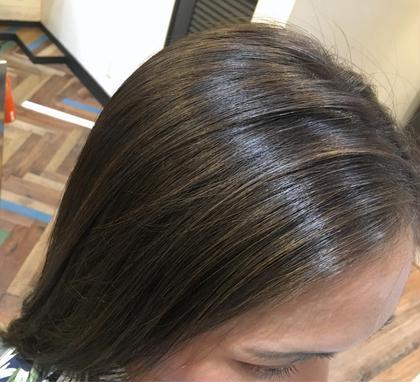 カラー ミディアム  【 イルミナカラー × ハイライト 】  顔まわりに 極細ハイライト を入れて前髪にデザインを ♪