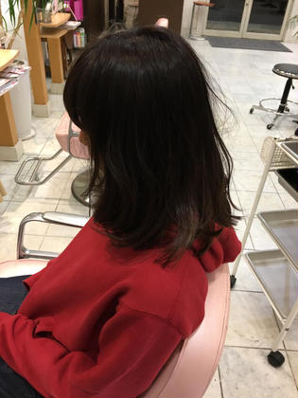 長めのボブでアイロンで巻いたときにちょうどいい感じにカットしました。 スケアクロウ所属・ヒラサワダイキのスタイル