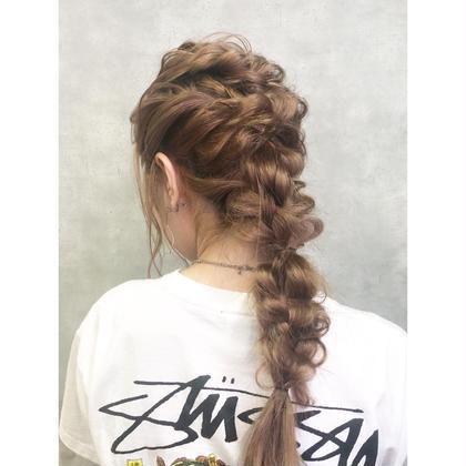 ブリーチ2回〜🔥 ハイトーンのアレンジはより可愛い🔥 hair-brace所属・stylistHIIRAGIのスタイル