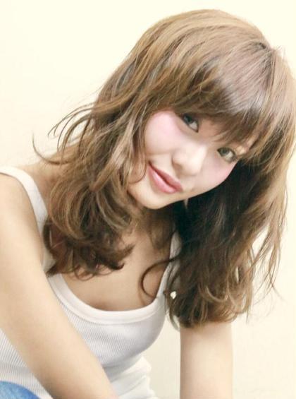 【初回学生さん限定❤️】前髪カット➕約5,000色から選ぶカラー ➕色持ちトリートメント