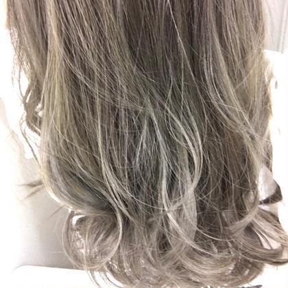 【3月限定クーポン】艶カット × 外国人風色彩カラー × うる艶ナプラ集中トリートメント✨