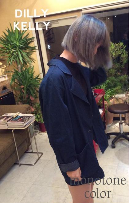 THROWカラー  ブリーチヘアにアッシュとモノトーンを重ねたクールで可愛い仕上がりに♪ DILLY KELLY所属・奈良幸男のスタイル