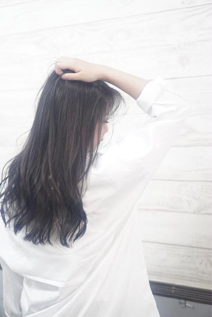 イルミナカラーで赤みを抑え 透明感のあるフォギーグレージュ♡ HairSalonANELA所属・Hair SalonANELA【新宿】のスタイル