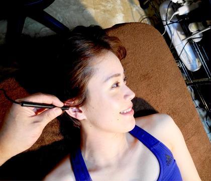 クリエイティブ耳つぼ耳介療法&よもぎ蒸し腸内デトックスダイエットプラン60分7000円が
